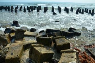 pemecah pantai