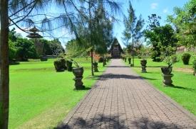path taman ayun