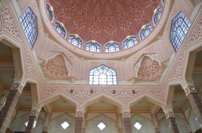 Arsitektur di dalam masjid