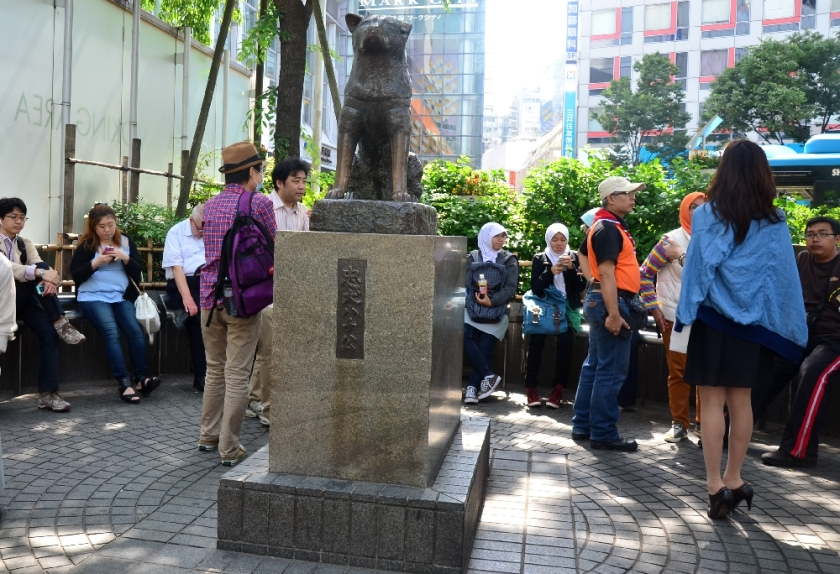 Patung Hatchiko